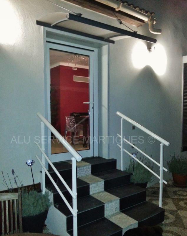 garde corps escalier sur martigues fermeture de terrasse marseille alu service. Black Bedroom Furniture Sets. Home Design Ideas