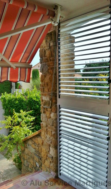 bso brise soleil a lames orientables aluminium sur mesure sur toulon fermeture de terrasse. Black Bedroom Furniture Sets. Home Design Ideas