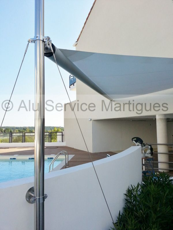 voile d ombrage motorisee sur mesure systeme inox fermeture de terrasse marseille alu service. Black Bedroom Furniture Sets. Home Design Ideas