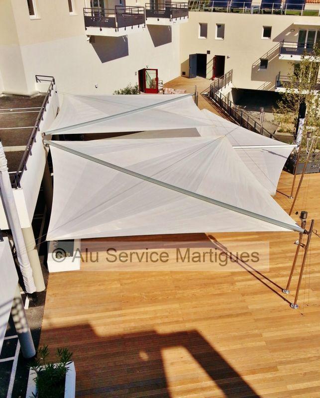 voile d ombrage motorisee a martigues fermeture de terrasse marseille alu service. Black Bedroom Furniture Sets. Home Design Ideas