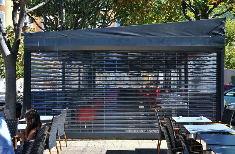 volet roulant transparent de securite fermeture de. Black Bedroom Furniture Sets. Home Design Ideas