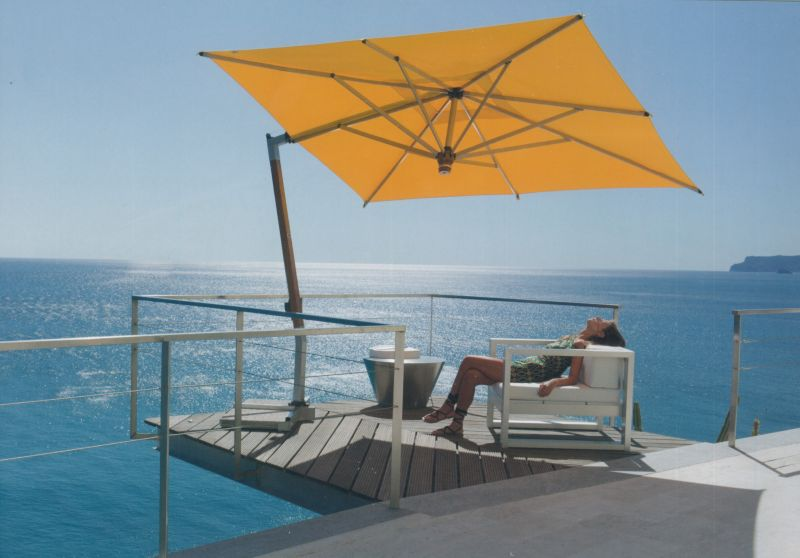 parasol terrasse deporte beautiful umbrosa icarus parasol. Black Bedroom Furniture Sets. Home Design Ideas