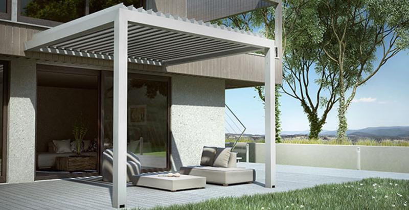 Pergola bioclimatique a lames orientables pour restaurant a toulon fermeture de terrasse - Pergola bioclimatique a lames orientables ...