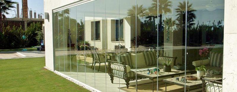 panneaux de verres repliables panoramiques amovibles pour. Black Bedroom Furniture Sets. Home Design Ideas